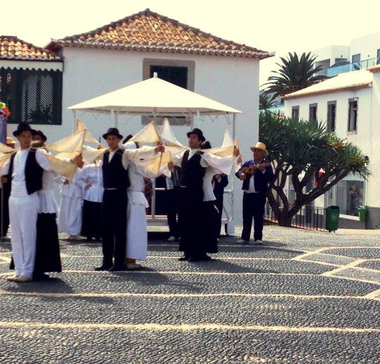 Mostra de Tradições e Costumes – Dia Mundial do Turismo 2014